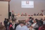Herr Koithahn spricht auf der Generalversammlung